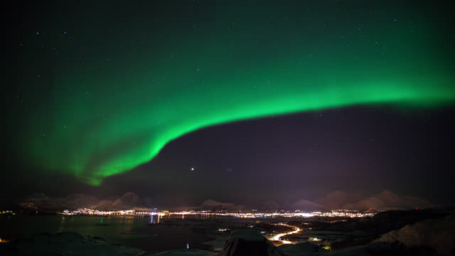 TIME LAPSE: Northern Lights