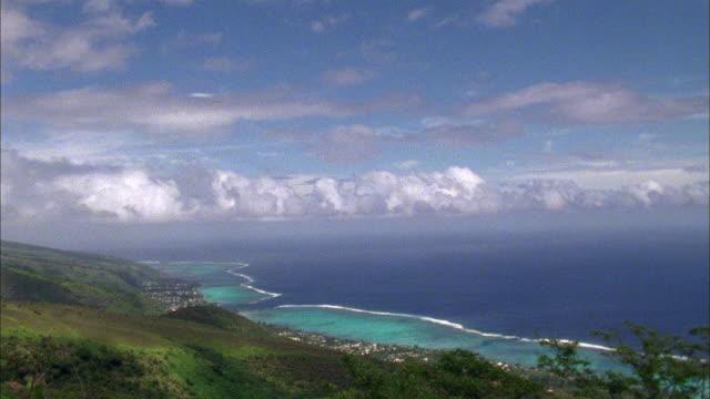 November 6 2007 MONTAGE Mountain views of Tahitian landscape / Tahiti French Polynesia