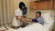 Infermiere e paziente
