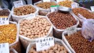 Nüsse-Markt