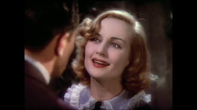 Oblivious man (Fredric March) invites sad yet excited woman (Carole Lombard) to New York
