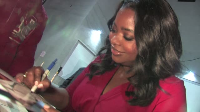 Octavia Spencer greets fans in Hollywood in Celebrity Sightings in Los Angeles
