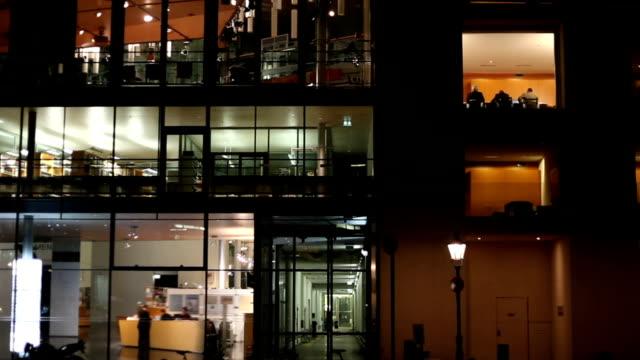 Edificio per uffici-time lapse