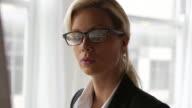 Office, business woman        BS PR DE