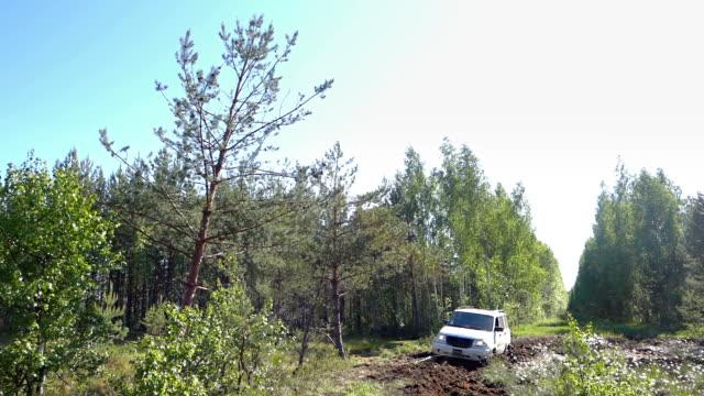 Off-road vehicle winching itself