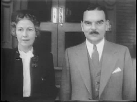 Ohio Governor John Bricker his running mate introduces New York Governor and Republican nominee Thomas Dewey / in Albany New York Dewey and his wife...