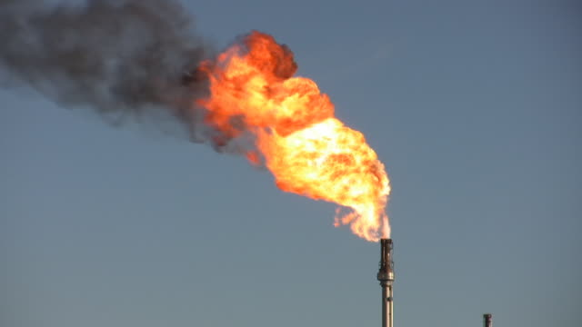 oil refinery flame