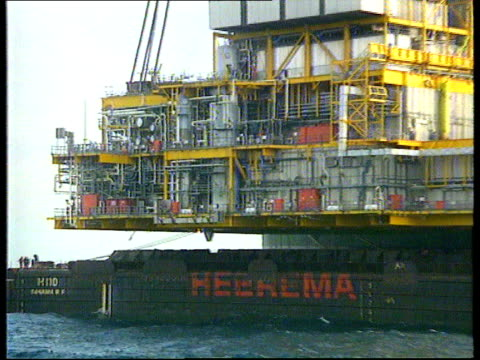 Workers removed from Piper Bravo TX North Sea GV Section of Piper Bravo oil platform PULL OUT