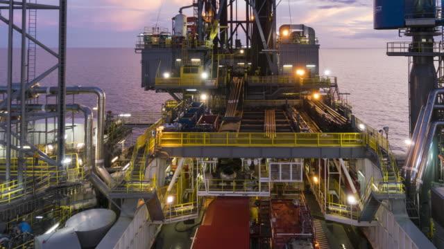 Rig Ölbetrieb - Nacht, Tag, Zeit, Ablauf