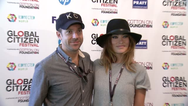 Olivia Wilde and Jason Sudeikis at 2013 Global Citizen Festival in Central Park To End Extreme Poverty at Central Park on September 28 2013
