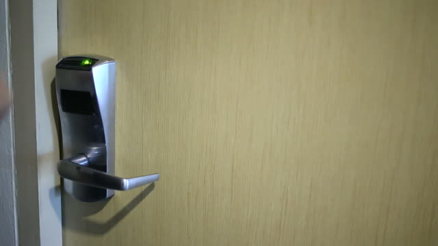 Eröffnung-Sicherheits-Tür mit Access Card