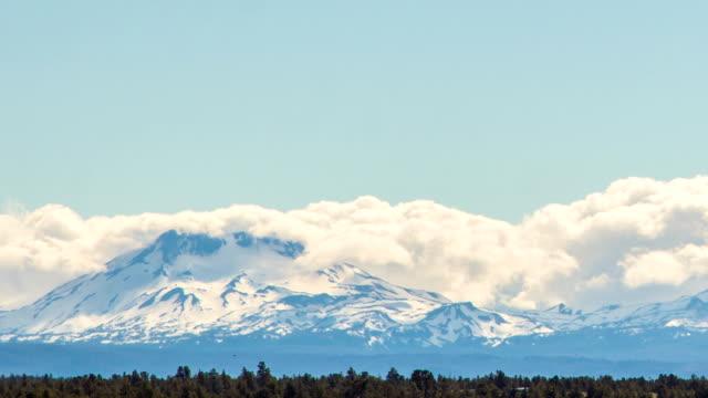 Oregon Three Sisters Mountain