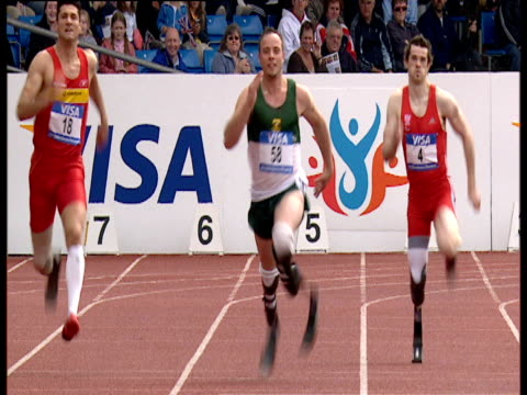 Oscar Pistorius wins gold in Men's T44 200m Final with time of 2412 Paralympic World Cup Manchester Regional Arena 2006