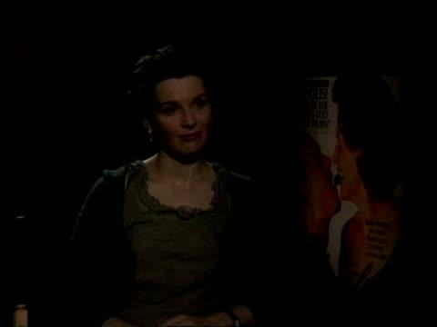 SHOWBIZ / Oscars preview ITN INT Juliette Binoche interview SOT Pressures on not on me