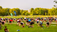 TL Outdoor fitness training in the English Garden in Munich