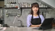 owner cafe restaurant