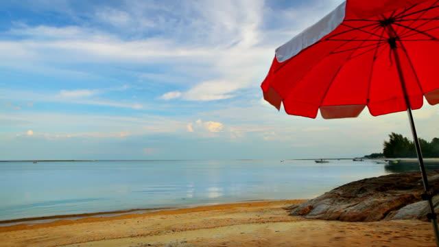 Pacific beach und Sonnenschirm