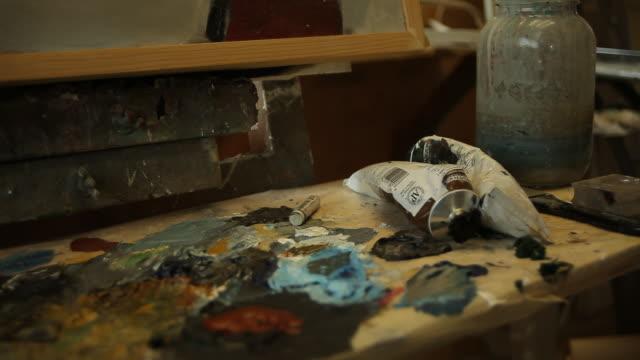 Paint on an artist bord