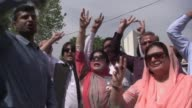 Pakistan's top court orders the prime minister be investigated for corruption in a highly anticipated decision that granted Nawaz Sharif a temporary...