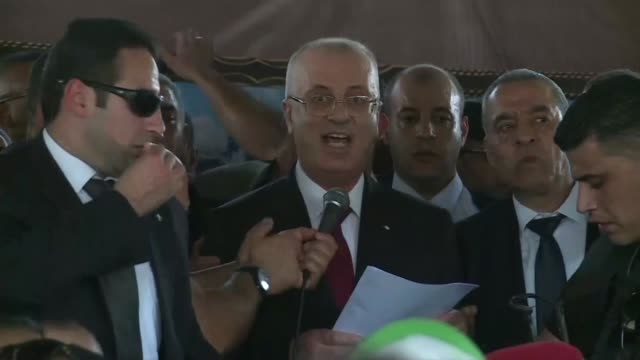 Palestinian Prime Minister Rami Hamdallah arrived in Gaza Monday for his first visit in two years as rival factions seek to overcome a decade of...