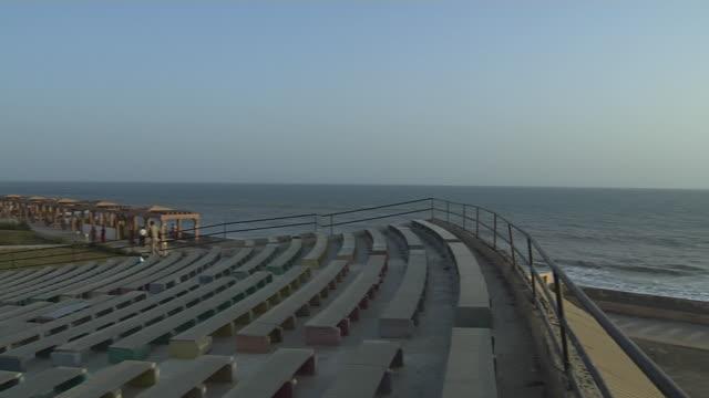 Pan left sea to somnath temple veraval gujarat