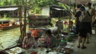 Pan Left Shot Reveal Food Vendor Floating Market Bangkok Thailand