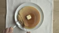 pancake eatting