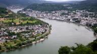 Panning Shot: aerial Boppard Stadtbild Deutschland