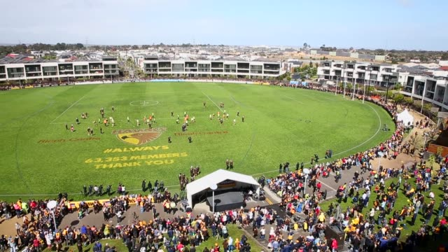 Panning Shot fans watch the Hawthorn Hawks final training session prior to the 2013 AFL Grand Final at Waverley Park NO