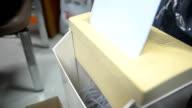 panning : top of paper shredder