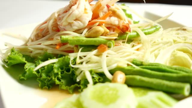 Papaya salad, Thai Food Som tum
