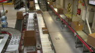 MS Parcels on conveyor belts at warehouse of catalog company / Grossostheim, Bavaria, Germany