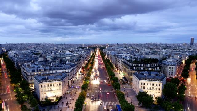 Paris Dusk to Night of Champs-Élysées