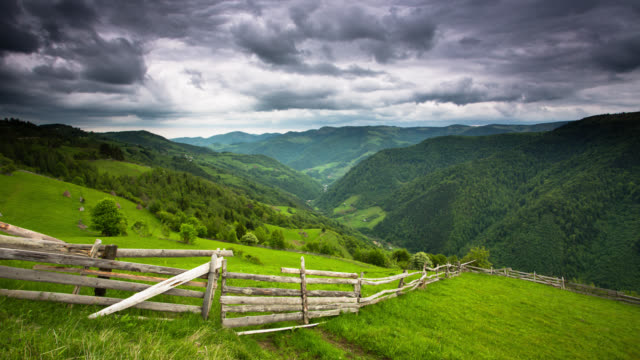TIME LAPSE: Pasture and Hills