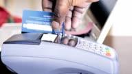 Zahlung mit Kreditkarte Maschinen