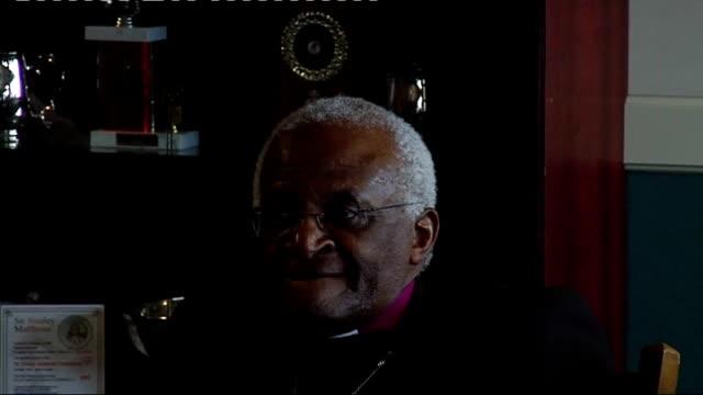 Pele and Gordon Banks at charity football match ***FLASH Archbishop Desmond Tutu press conference SOT Pele press conference on 'slave' comment by...
