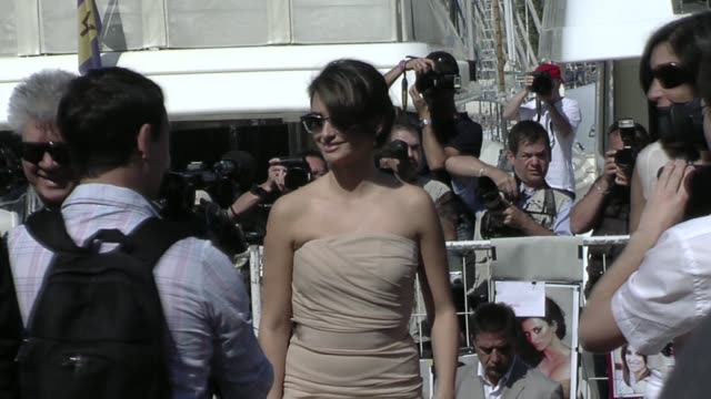 Penelope Cruz at the Cannes Film Festival 2009 Broken Embraces Press Conference at Cannes