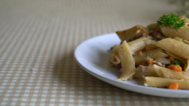 penne paste cream cheese