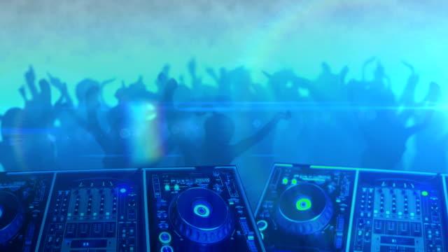 Persone ballare Silhouette di DJ