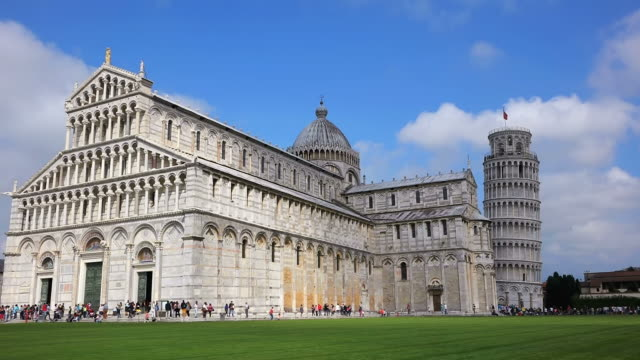 WS People enjoying at Piazza dei Miracoli, Piazza del Duomo, Cathedral and Leaning Tower / Pisa, Tuscany, Italy