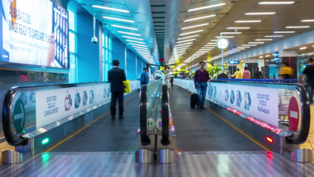 People in escalator, Time lapse - 4k
