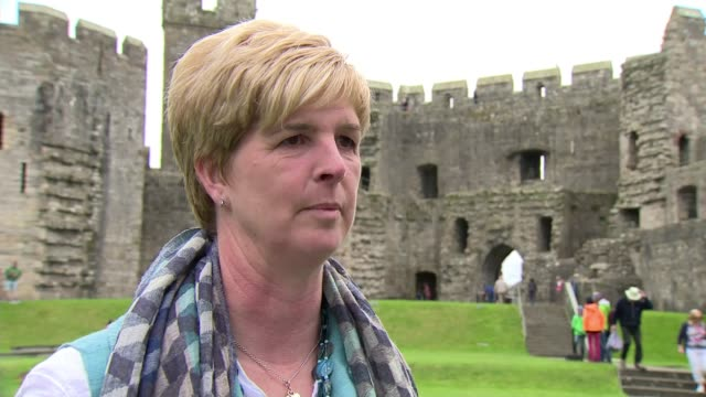 People of Wales remember Charles and Diana's first royal tour Katherine Owen interview SOT re meeting Diana