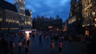 WS T/L People walking on Grand-Place (Grote Markt) in Brussels at night