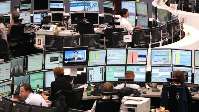MS People working at stock exchange / Frankfurt/Main, Hesse, Germany