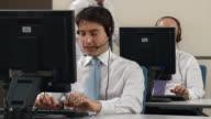 HD: Menschen arbeiten In der Kundenservice-Center