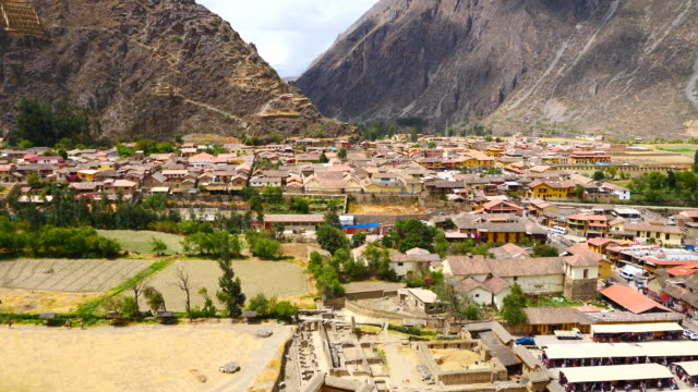 Peru, Ollantaytambo, view of the village, with a part of the archeological site