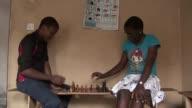 Phiona Mutesi tiene 16 anos y es jugadora de ajedrez VOICED La nina ajedrecista de Uganda on February 03 2013 in Kampala Uganda