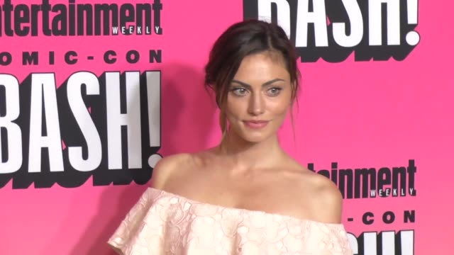 Phoebe Tonkin at the Entertainment Weekly San Diego Comic Con Party
