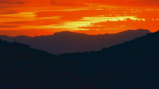 Phoenix, ArizonaSunset over mountain range