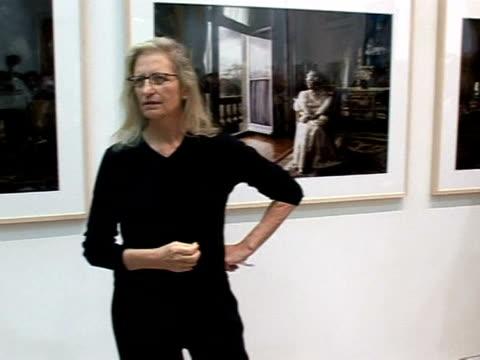 US photographer Annie Leibovitz faces a deadline on Tuesday to pay back 24 million dollars to Art Capital Group a New York lending agency London...
